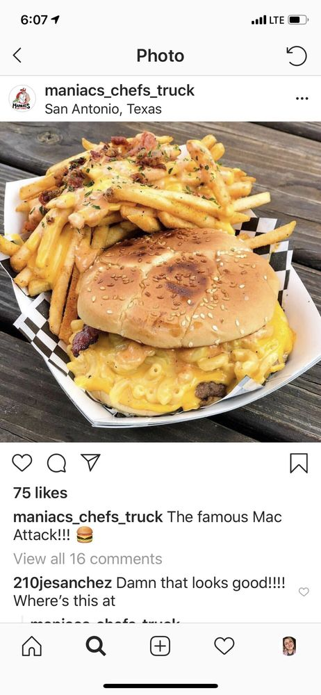 Maniacs Chef's Truck - 13 Photos & 13 Reviews - Burgers