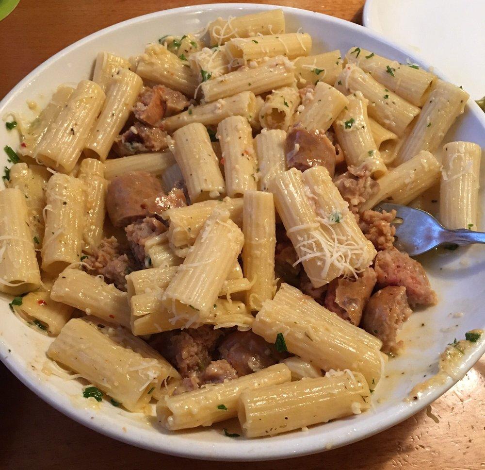 Rigatoni Garlic White Wine Sauce Italian Sausage Parmesan Cheese Amazing Sauce Is