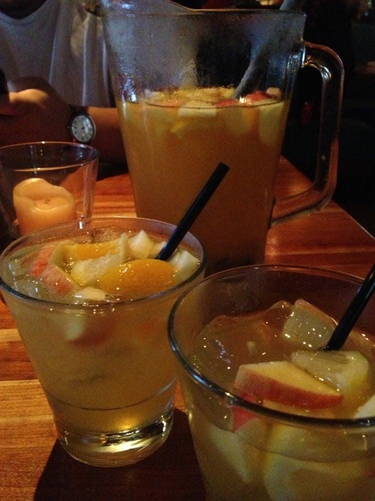 La Grande Orange Cafe White Sangria