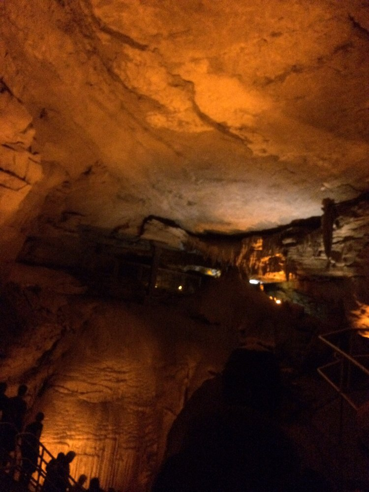 The Lodge at Mammoth Cave: 171 Hotel Rd, Mammoth Cave, KY
