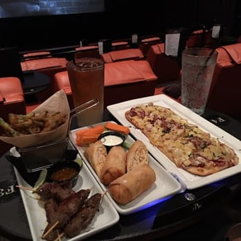 ipic theaters 366 photos amp 535 reviews bars 11830
