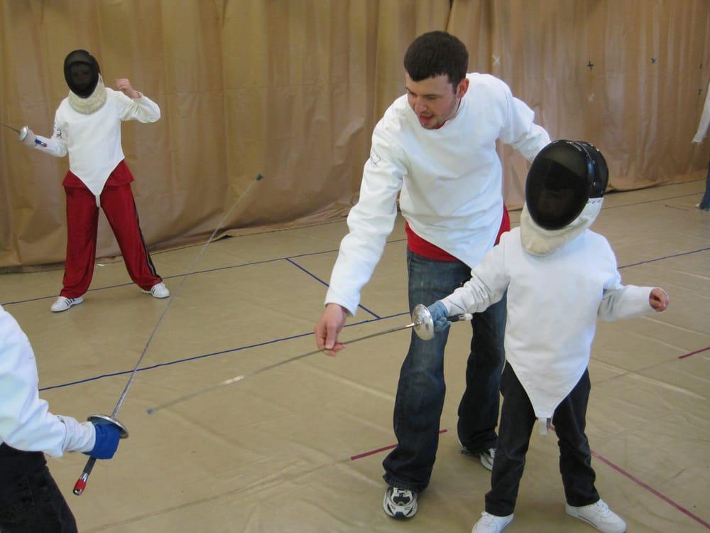 Guard up family swordsmanship nerf 10 fotos y 13 for 103 merion terrace moraga ca