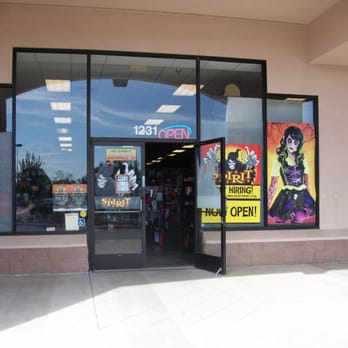 Spirit Halloween   Costumes   1231 N Davis Rd, Salinas, CA ...