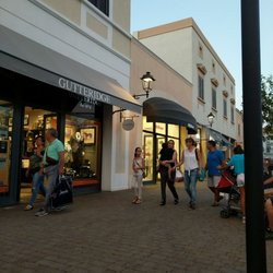 Sicilia Outlet Village - 11 Fotos - Outlet - Strada Provinciale 75 ...