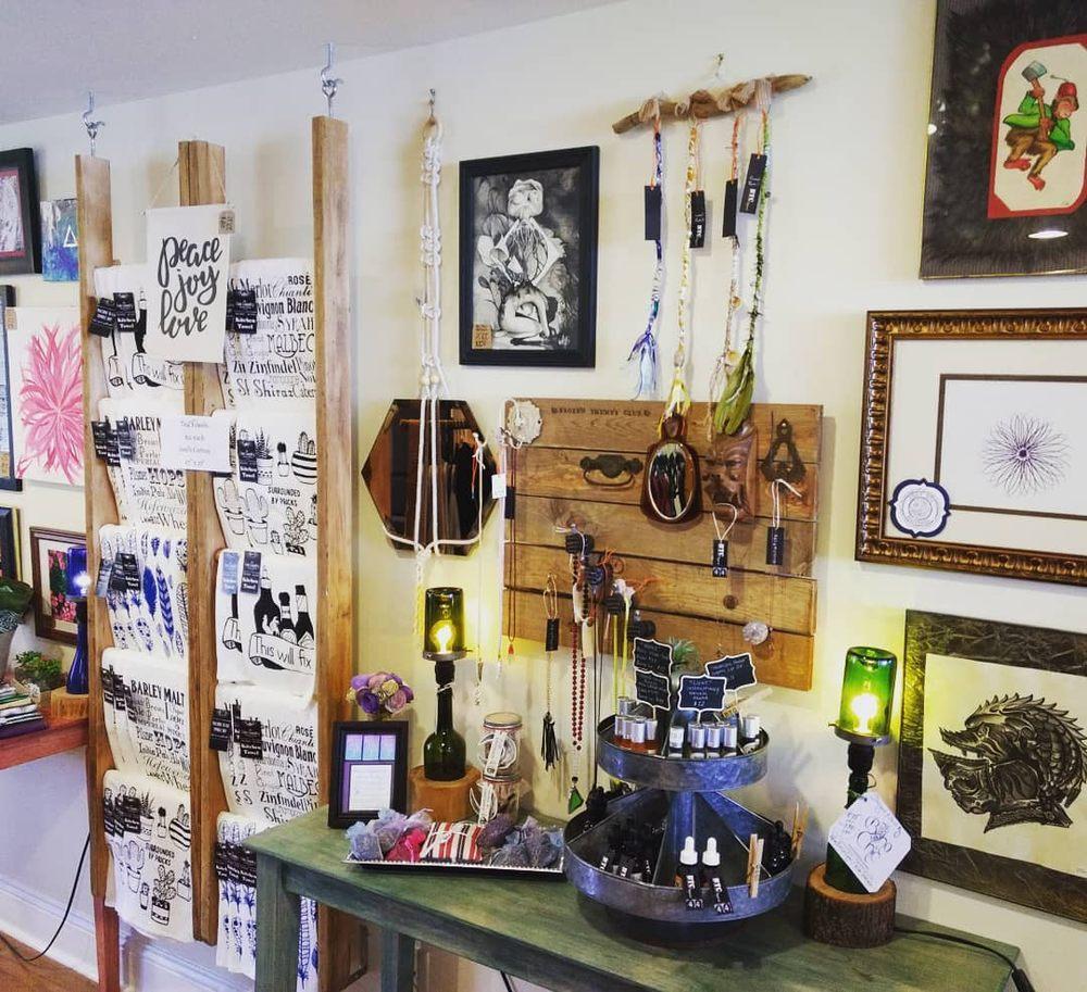 Boho Chic Boutique: 90 Front St, Ballston Spa, NY