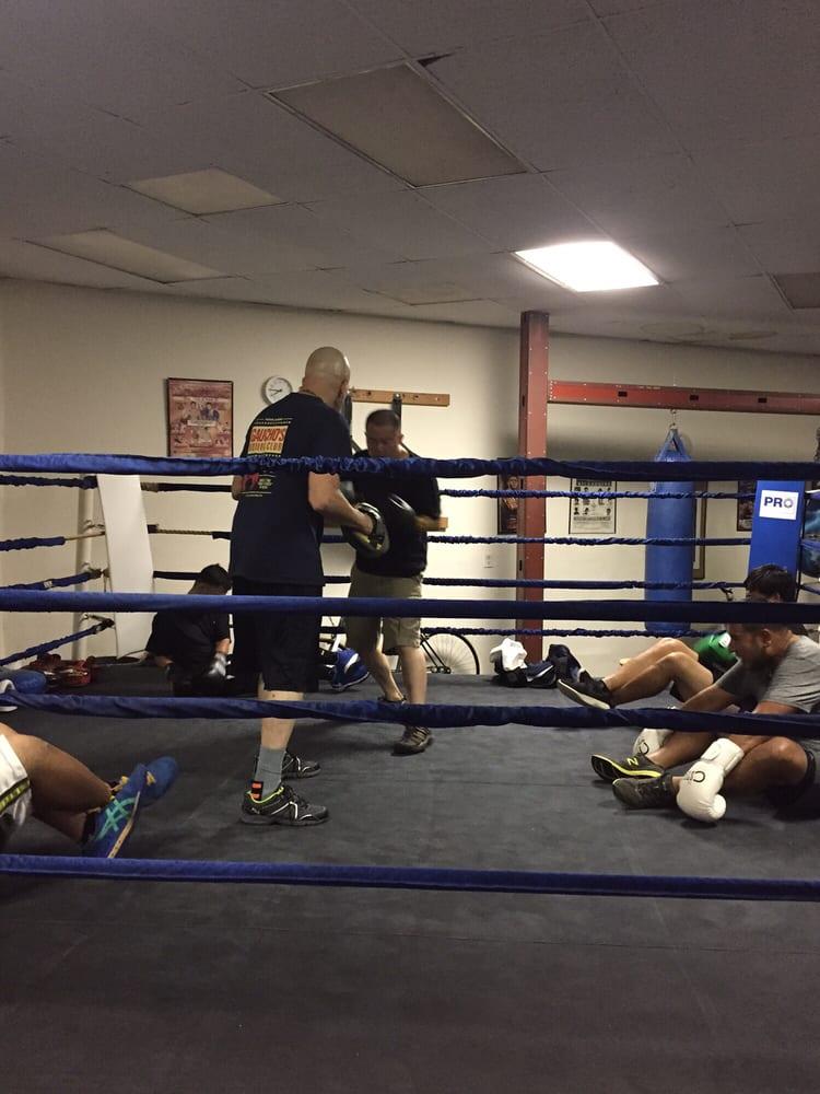 Gaucho's Boxing Club: 633 S Arroyo Pkwy, Pasadena, CA
