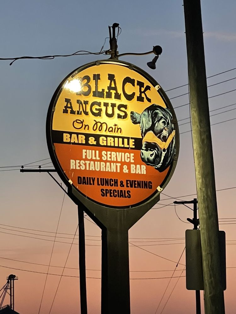 Black Angus On Main Bar & Grille: 605 E Main St, Ottoville, OH