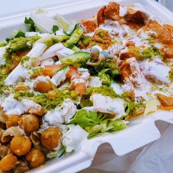 Tariqs 1 Halal Food 30 Photos 34 Reviews Street Vendors