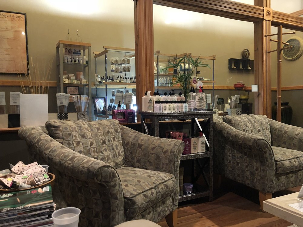 Morgan Ford Massage & Spa: 31 N Gore Ave, Saint Louis, MO