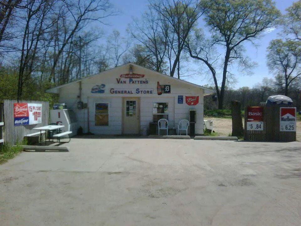 VanPatten's General Store: 8416 S 116th Ave, Rothbury, MI