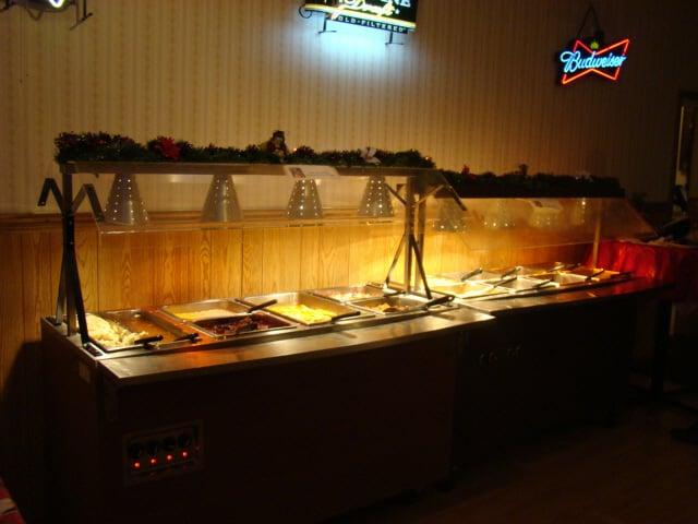 Valley Inn Motel & Supper Club: N2435 State Rd 80, Elroy, WI
