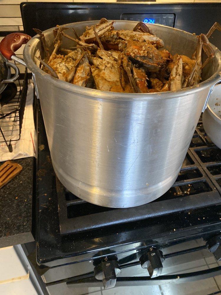 Grabbe's Seafood Restaurant & Crab House: 19 Delsea Dr, Westville, NJ