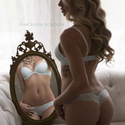 010f581bd Pink Blush Boudoir - 34 Photos - Boudoir Photography - 15824 10 Avenue SW