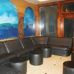 michaels-strip-club-in-lafayette-louisiana