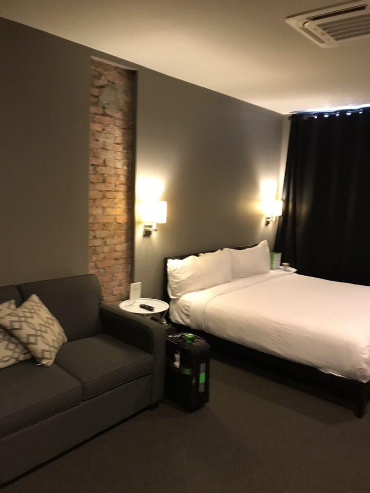 Hotel Kilbourne: 223 W Water St, Sandusky, OH