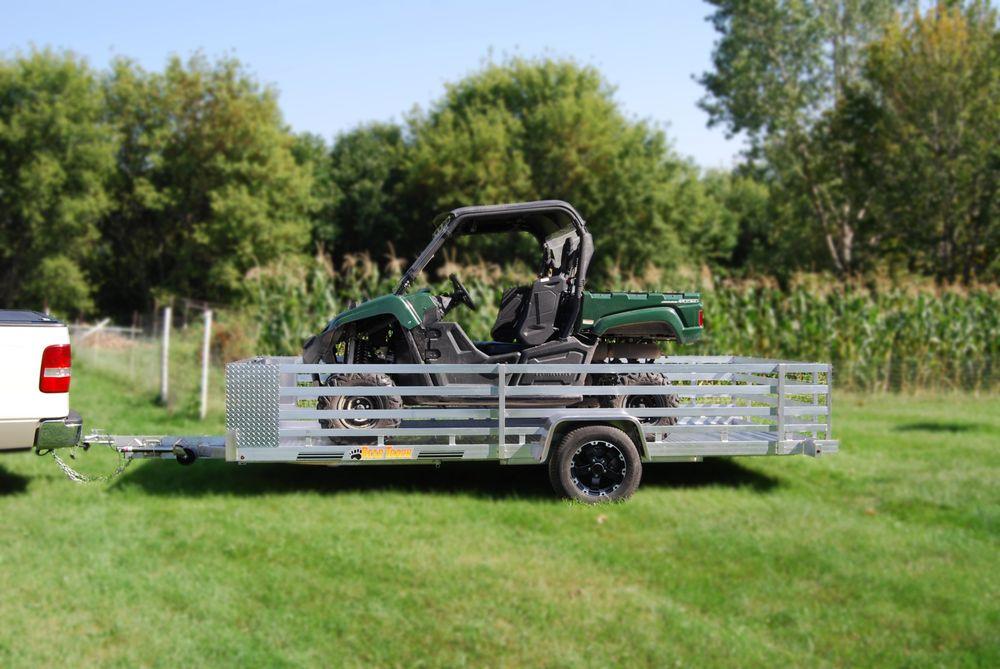 Maurice Auto & Truck: 299 Washington St, Claremont, NH