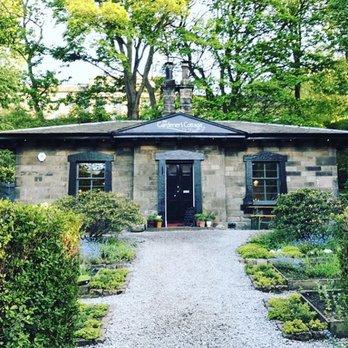 The Gardener\'s Cottage - 74 Photos & 38 Reviews - British - 1 Royal ...
