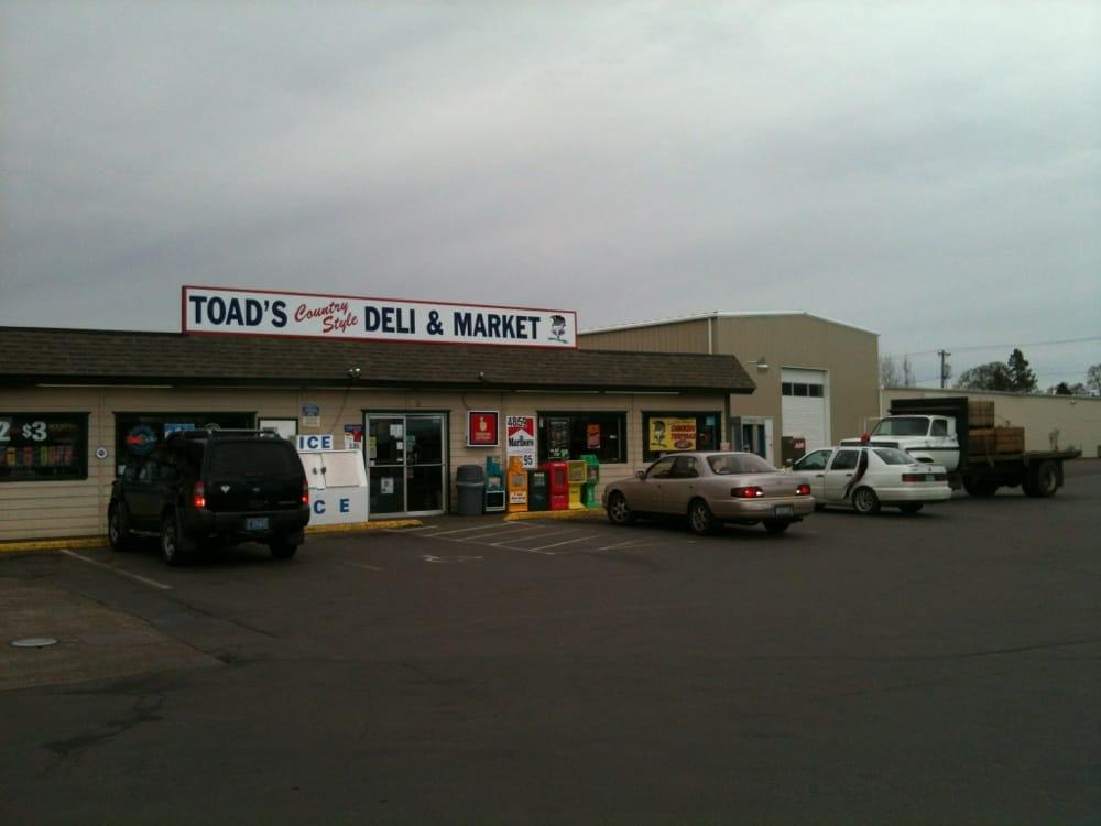 Astro Express Mart and Deli: 8975 Portland Rd NE, Salem, OR
