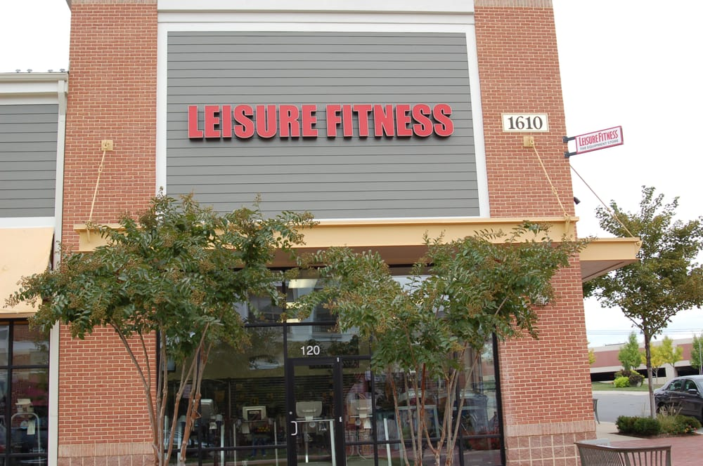 Johnson Fitness & Wellness: 1610 Village Market Blvd, Leesburg, VA