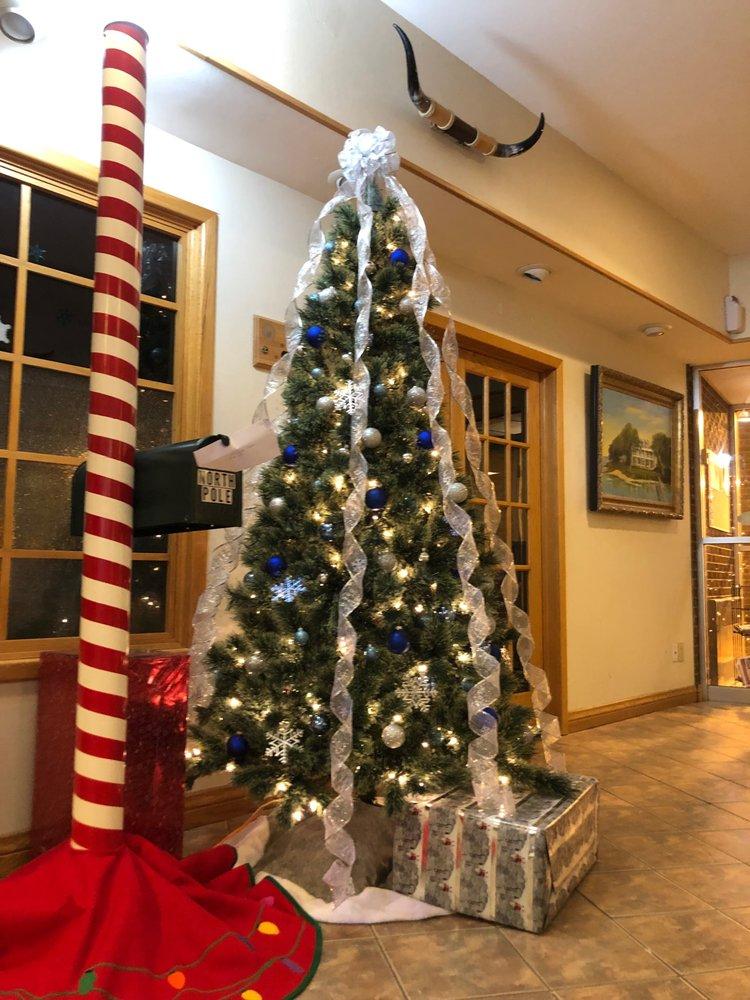 Yogo Inn: 211 E Main St, Lewistown, MT