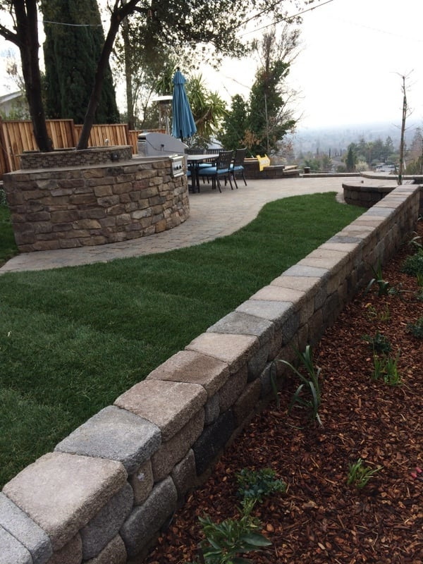 Photo of Larson Landscape - San Jose CA United States. Basalite II Positano & Basalite II Positano retaining wall with under cap lighting (LED ... azcodes.com