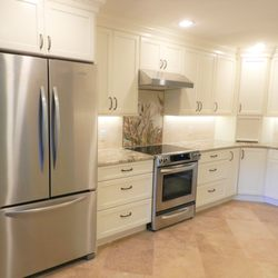 Signature Kitchen & Bath Design - (New) 25 Photos ...