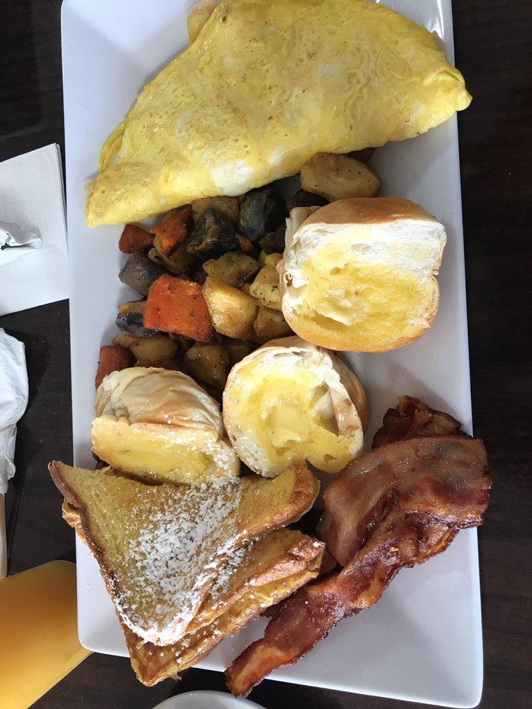 Verde Menta Cafe: Carr 2 Km 110.7, Isabela, PR
