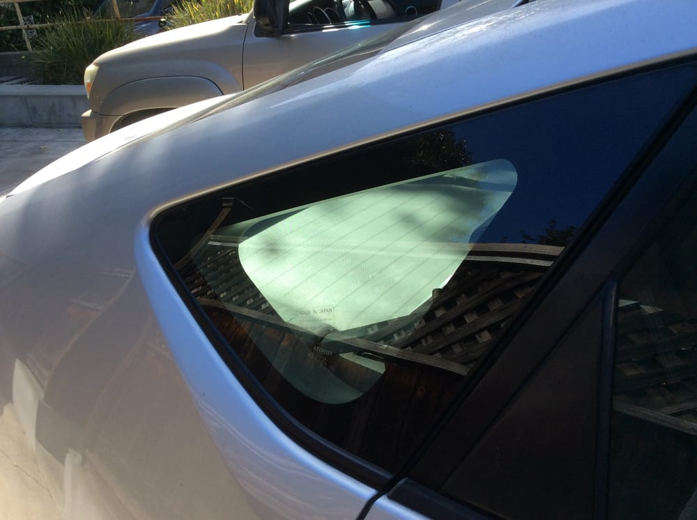 Replacement Auto Glass