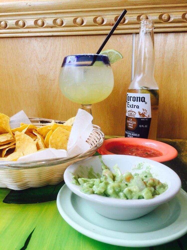 El Tequila: 1240 E Green Bay St, Shawano, WI