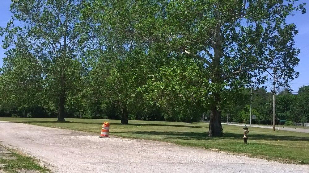 Dresser Memorial Park: US-150, West Terre Haute, IN