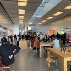 77a56a18593 Apple Store - 109 Photos & 335 Reviews - Computers - 15169 N Scottsdale Rd,  Scottsdale, AZ - Phone Number - Yelp