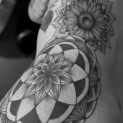 Heavy Water Tattoo 211 Photos 16 Reviews Tattoo 22606 E