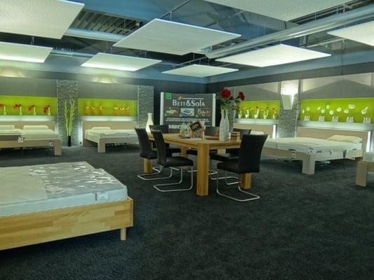 Bett sofa negozi d 39 arredamento liebigstr 18 for Bett und sofa leingarten