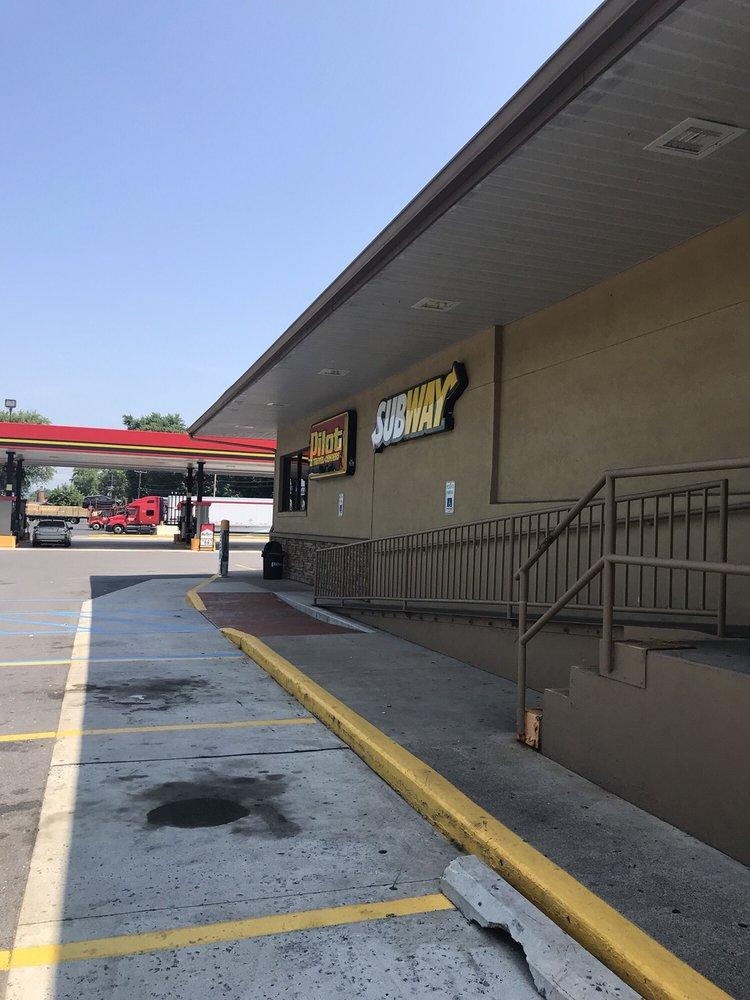 Pilot Travel Center: 30 Benvenue Rd, Duncannon, PA