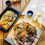 California Pizza Kitchen - 303 Photos & 261 Reviews - Pizza - 735 ...