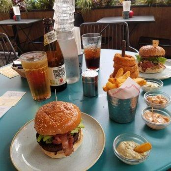 Gourmet Burger Kitchen 50 Photos 58 Reviews Burgers Temple