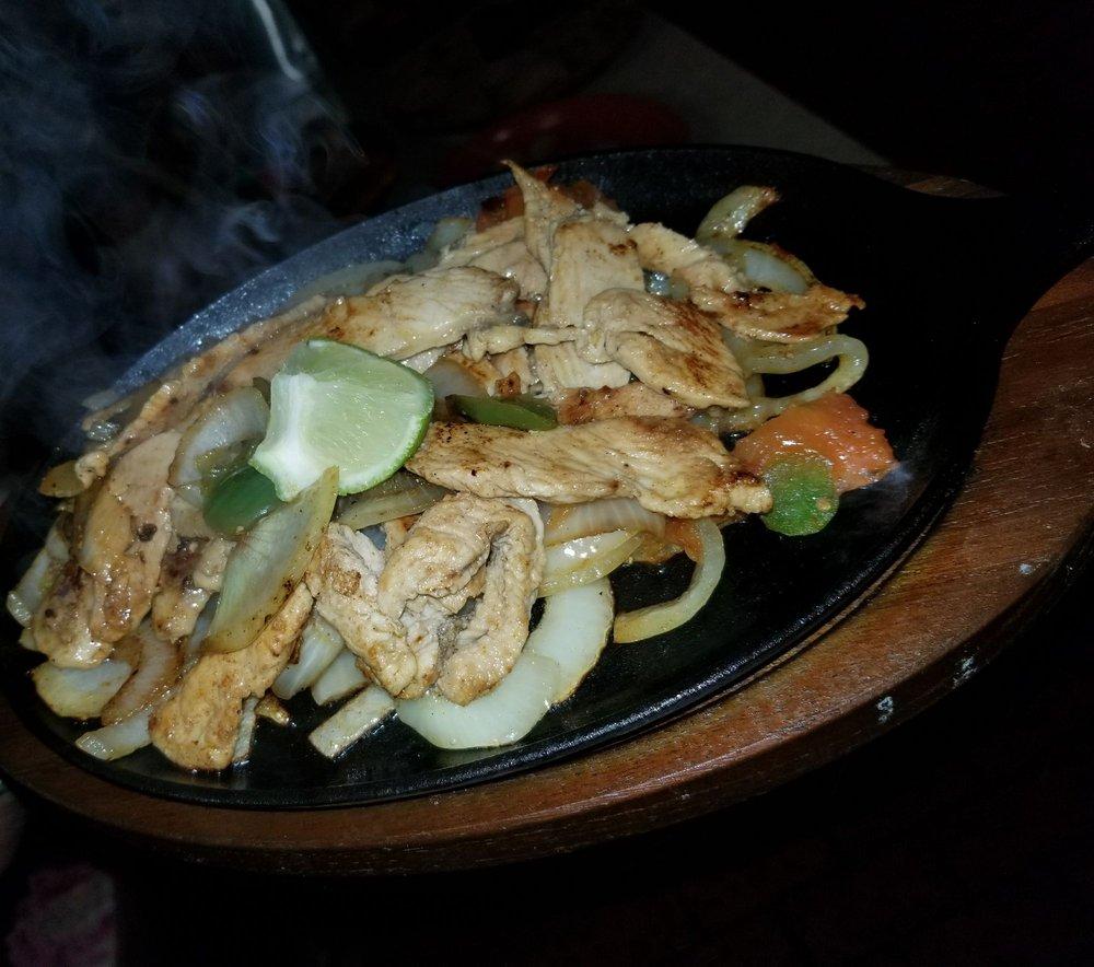 La Fiesta Restaurant: 816 S 1st St, Artesia, NM