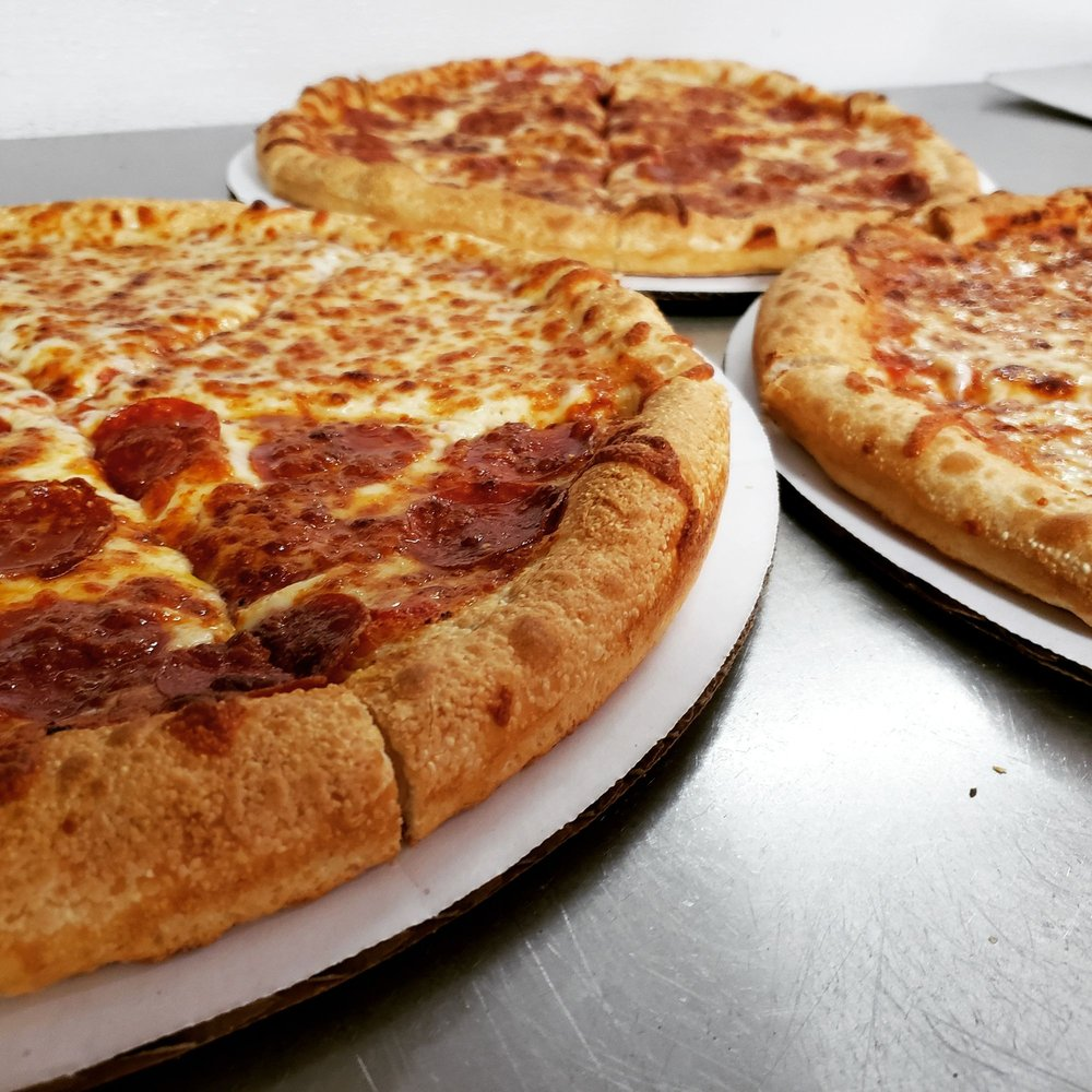 Yianni's Pizza: 410 S River Rd, Bedford, NH