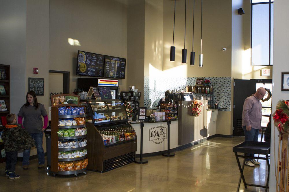Mugz Coffee House: 1900 S 13th St, Kingfisher, OK
