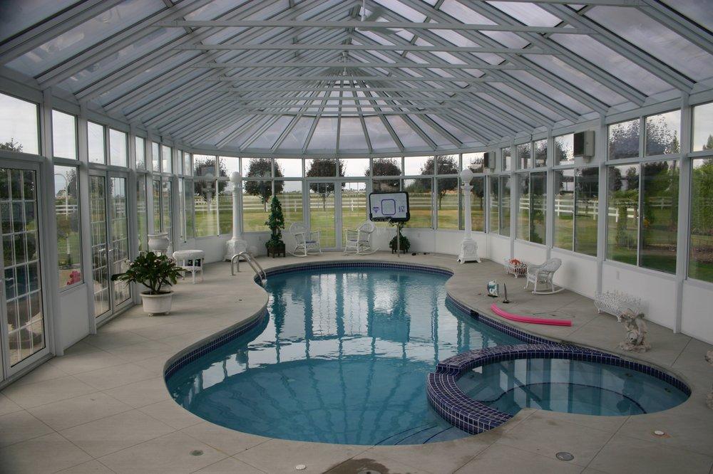 Four Seasons Sunrooms / Advanced Builders: 8345 Hall Rd, Utica, MI