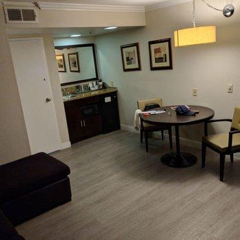radisson suites hotel anaheim buena park 286 photos. Black Bedroom Furniture Sets. Home Design Ideas