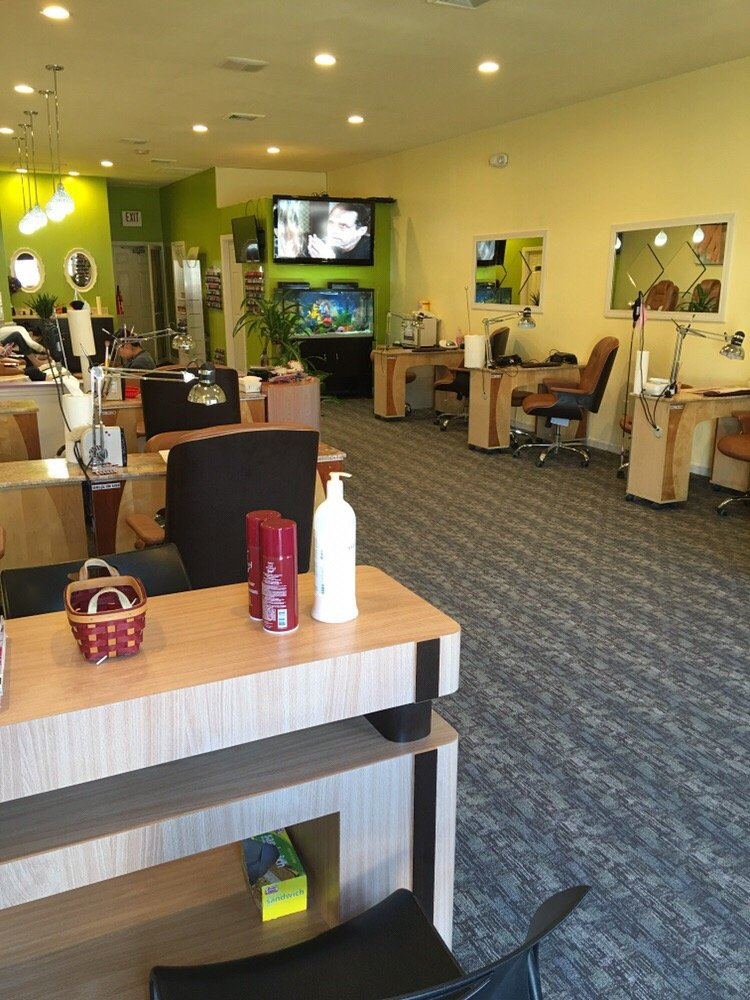 Nails For You: 704 Milford Rd, Merrimack, NH