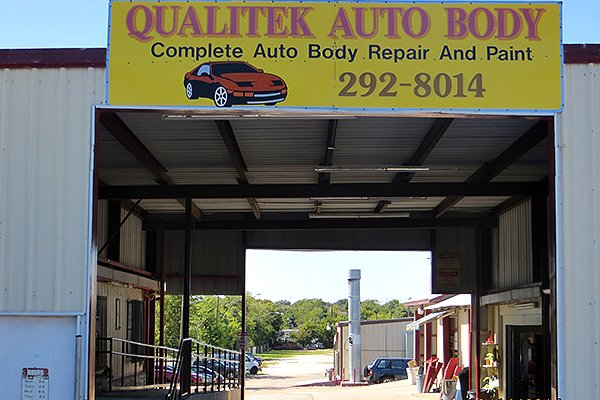 Qualitek Auto Body
