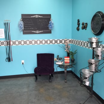 The Groom Room - 49 Photos & 26 Reviews - Pet Groomers - 5601 ...