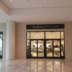 6f983c793c6 Saks Fifth Avenue Men s Store - Accessories - 250 Vesey St
