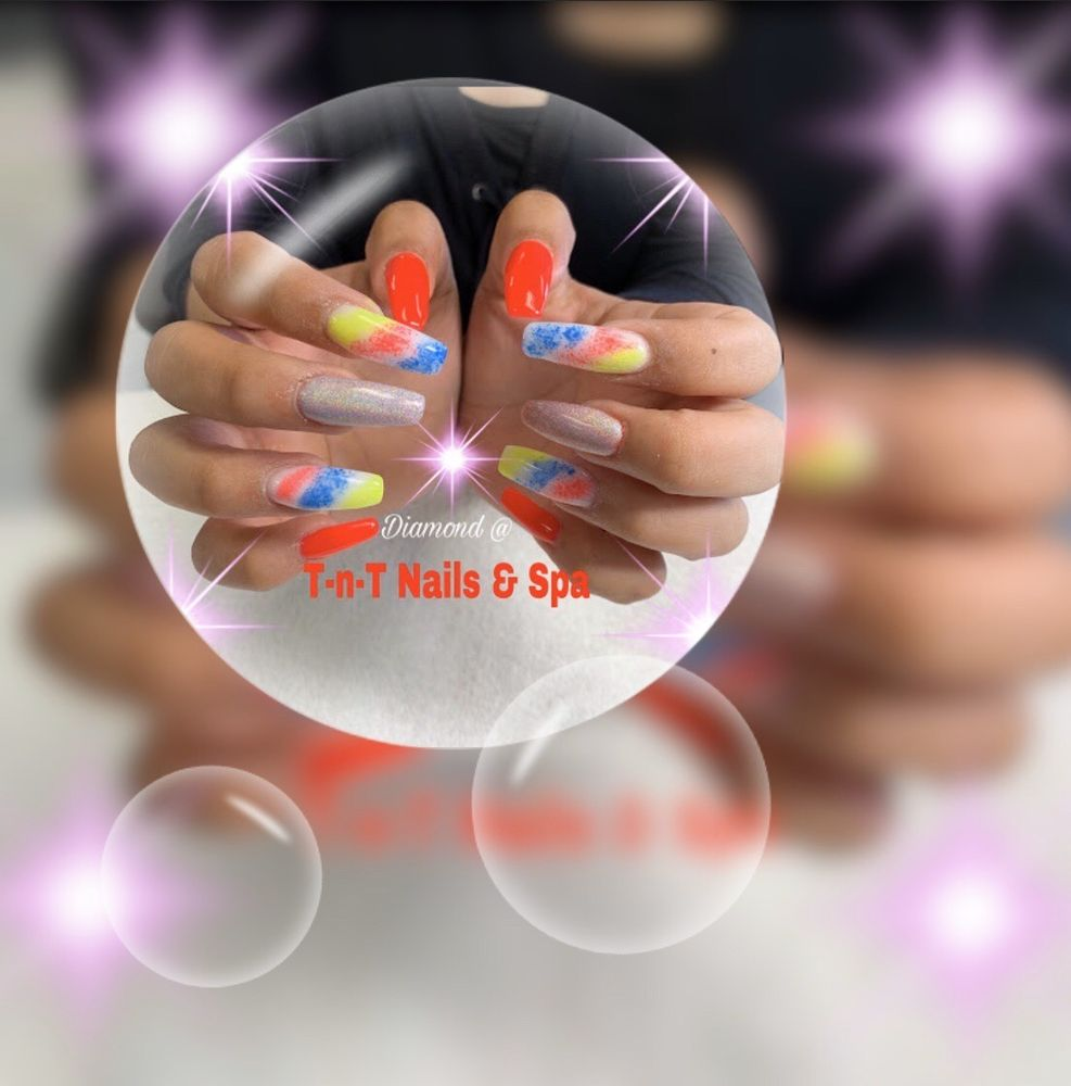T-n-T Nails & Spa: 5623 W Clearwater Ave, Kennewick, WA