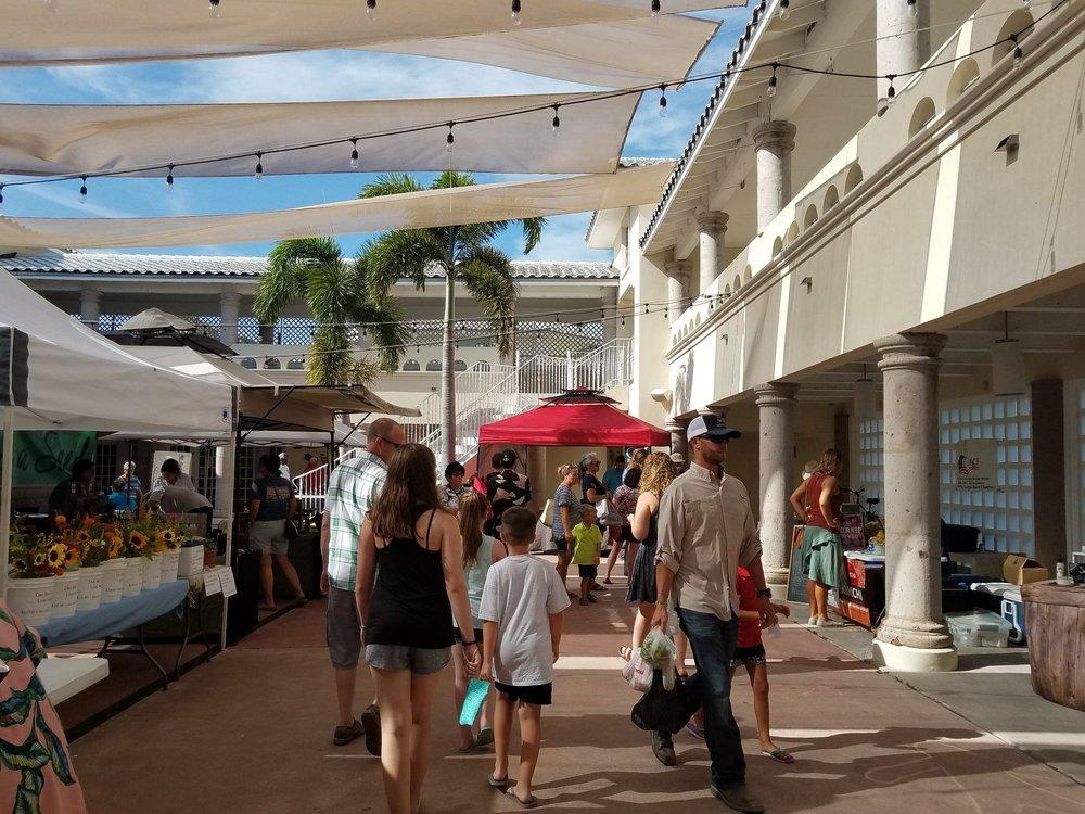 Corpus Christi Downtown Farmers Market: La Retama Park, Corpus Christi, TX