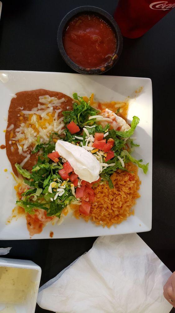 Cali Tacos: 3901 39th St, Nitro, WV