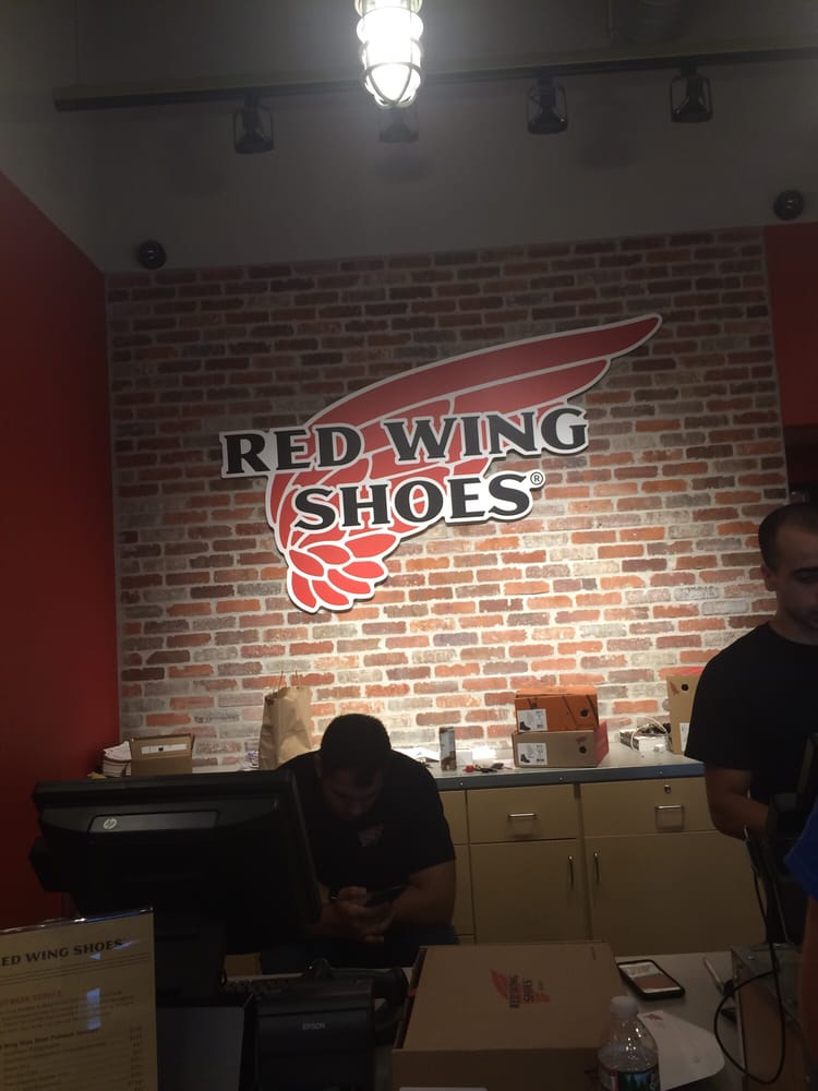 Red Wing Shoe Store: 6120 Sunrise Hwy, Massapequa, NY