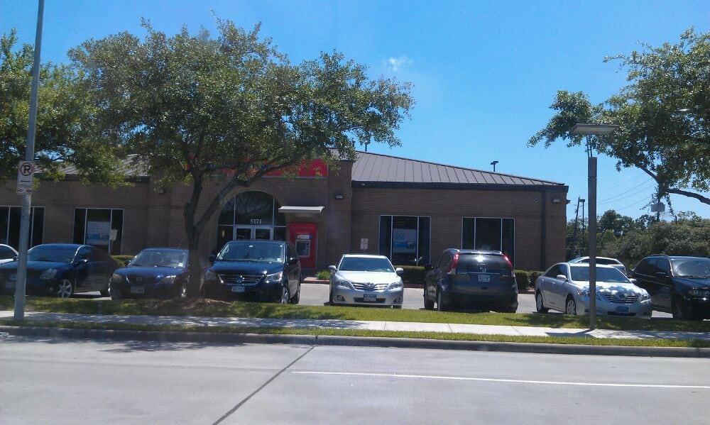 Restaurants Near  San Felipe Houston Tx